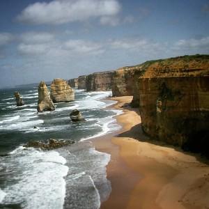 """Les """"12 apôtres"""", en Australie. Bien qu'il n'y ait toujours eu que 9 aiguilles..."""